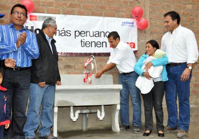 Presidente Ollanta Humala inauguró obras de agua y desagüe que benefician a más 100 mil personas