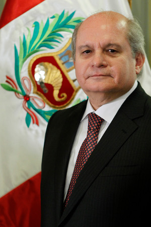 Pedro Cateriano Bellido - Ministro de Defensa