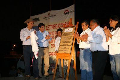 Presidente Humala inaugura obras de electrificación en Cañete